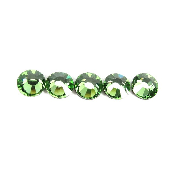 Preciosa Czech Crystal Viva 12 Hot Fix Rhinestone Flatback, Peridot ss16, (144 Pieces Per Pack)
