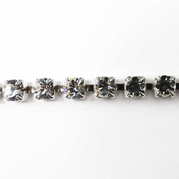 Czech Rhinestone Cup Chain, Machine-Cut 1-Row, Crystal in Silver Setting, ss14.5